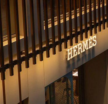 Бутик Hermès в Китае заработал $2,7 миллиона в день открытия после карантина