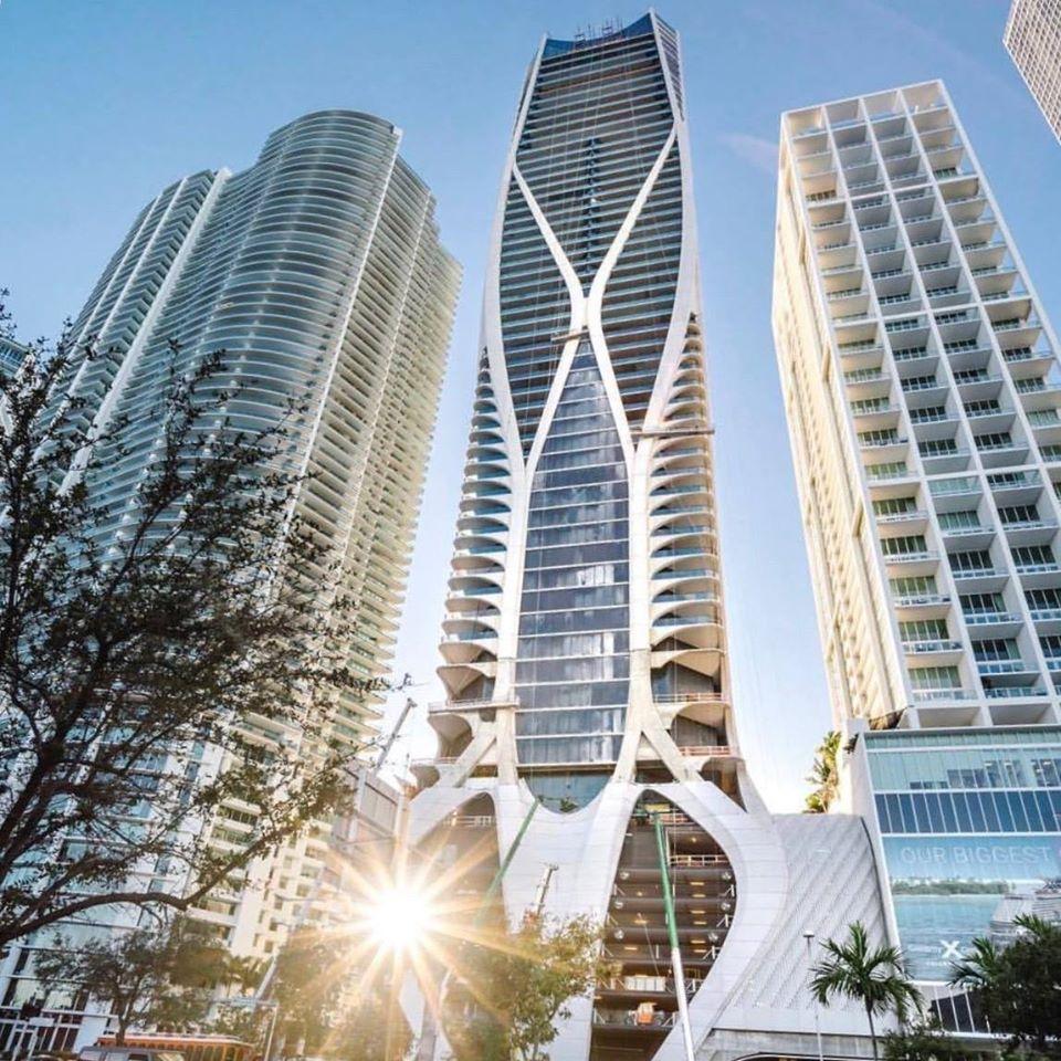 Бекхэмы покупают самый дорогой пентхаус в небоскребе попроекту Захи Хадид