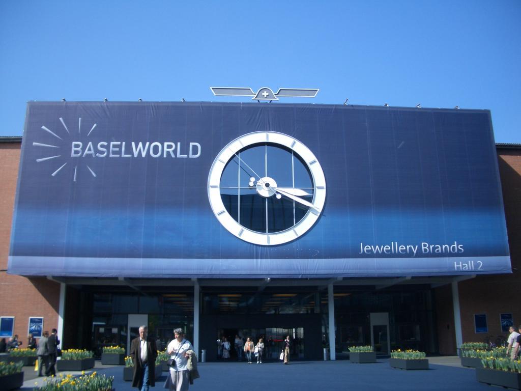 Rolex, Chanel, Chopard та годинникові бренди LVMH Group залишають Baselworld