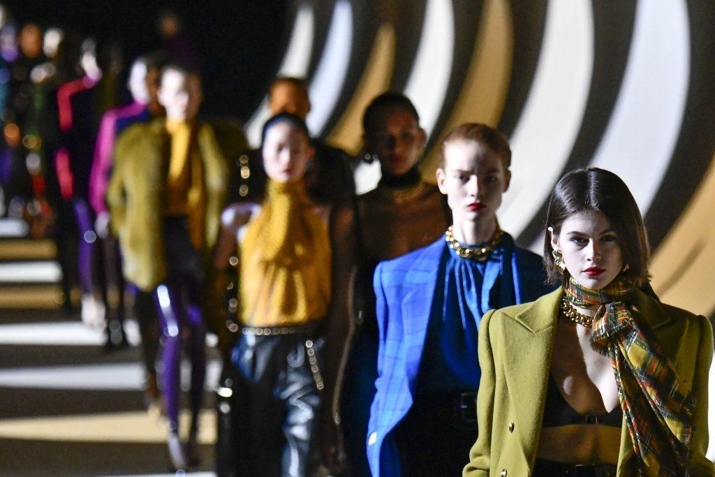 Saint Laurent отказался от участия в парижской Неделе моды