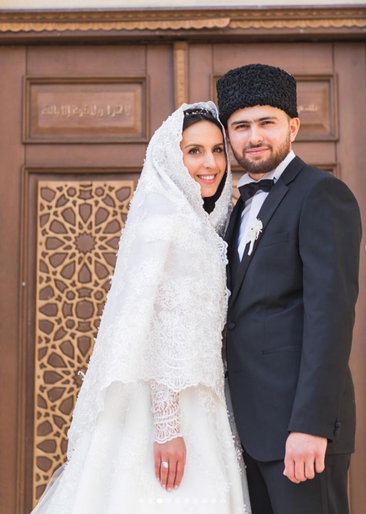 «Все ще попереду»: Джамала з чоловіком відзначають третю річницю весілля