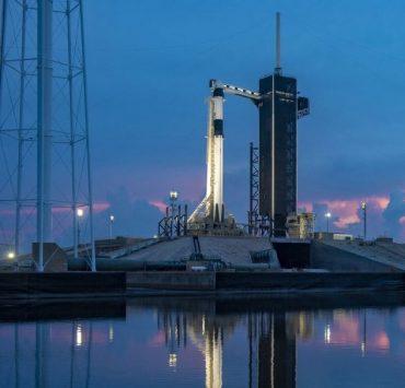 Відео дня: Ілон Маск запускає в космос ракету Falcon 9