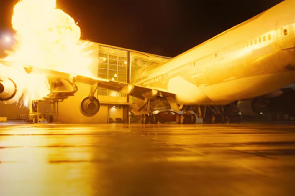 Кристофер Нолан взорвал настоящий Боинг 747 для съемок фильма