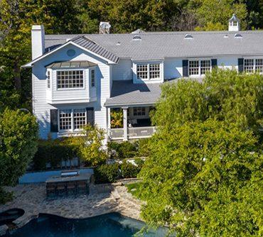 Эштон Катчер и Мила Кунис продают свой роскошный дом в Беверли-Хиллз