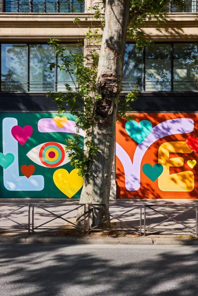 Арт-терапия: красочное обновление парижской штаб-квартиры Louis Vuitton
