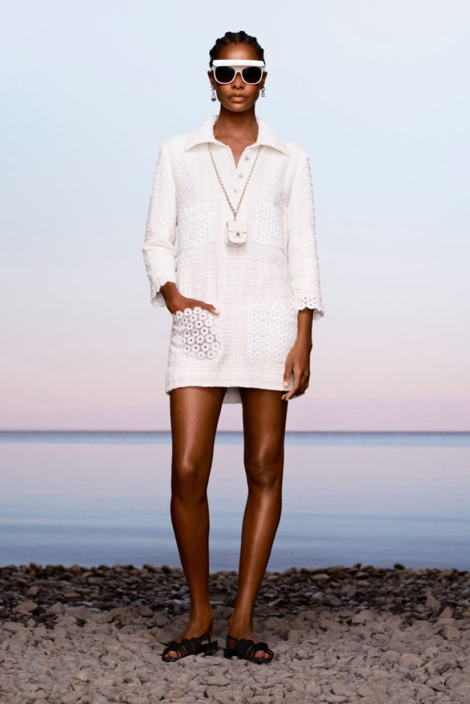 Мечты о Капри: круизная коллекция Chanel 2021
