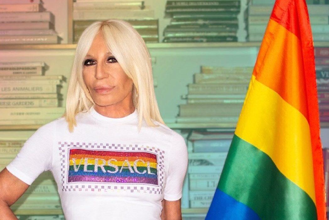 Мода для равенства: Versace выпустили капсульную коллекцию Pride 2020