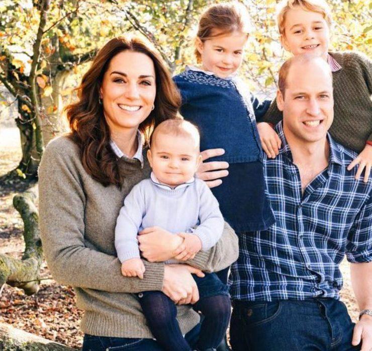 Щасливий і усміхнений: новий офіційний портрет іменинника принца Вільяма
