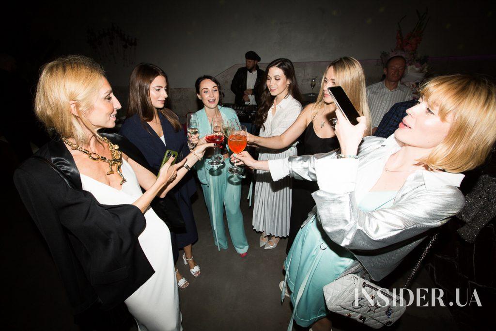 Вечірка для друзів: Kateryna's Silver BDay Party