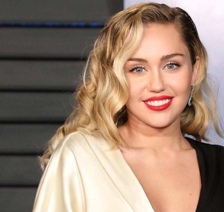 В гостях у Майли Сайрус: певица приобрела особняк в Лос-Анджелесе за $5 миллионов