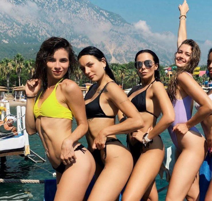 #girlspower: пляжный девичник Насти Каменских