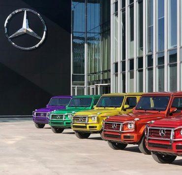 BMW і Mercedes змінили забарвлення логотипів на підтримку ЛГБТ-ком'юніті