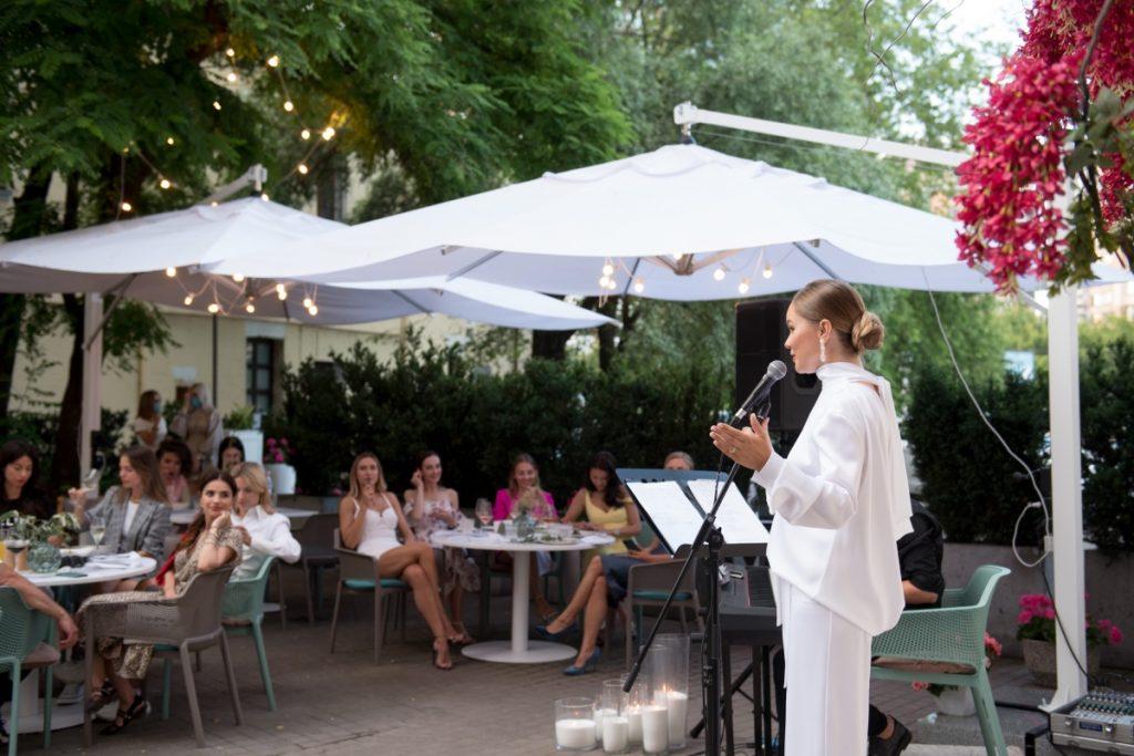 Поетичний вечір Мартіни Макєєвої в ресторані Kritikos