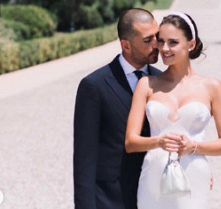 Платье от кутюр и желтые бриллианты: свадебная церемония Анны Андрес в Каннах