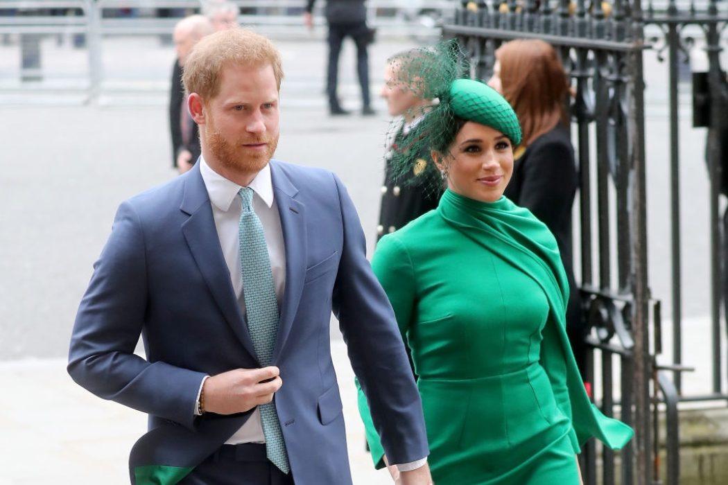 Биография Меган Маркл и принца Гарри возглавила список бестселлеров Великобритании