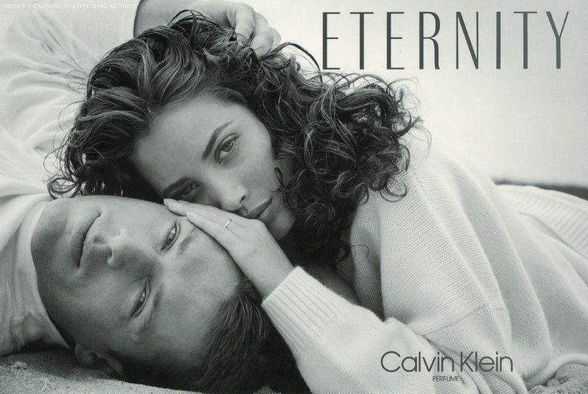 Як і 30 років тому: Крісті Тарлінгтон і її чоловік знялись в кампейні аромату Eternity by Calvin Klein