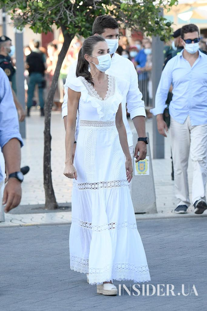 Вихід в білому: королева Летиція на Ібіці