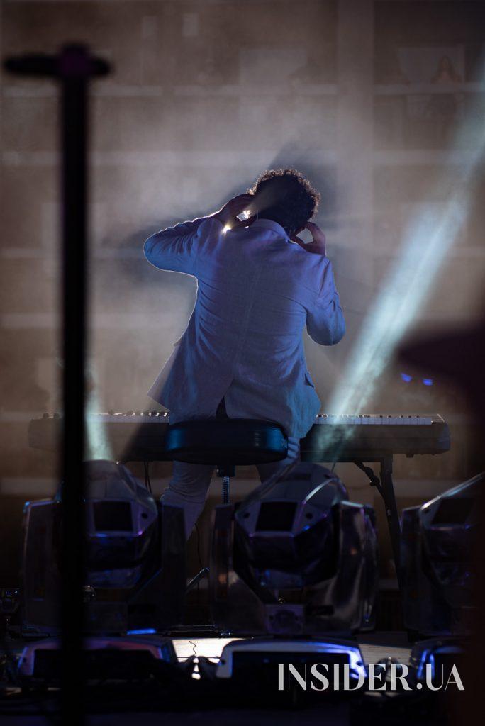 Вертикальный концерт Pianoбой в отеле «Братислава»