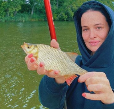 Риболовля, велоспорт і йога: активний вікенд Даші Астаф'євої, Елли Кандиби та інших героїв