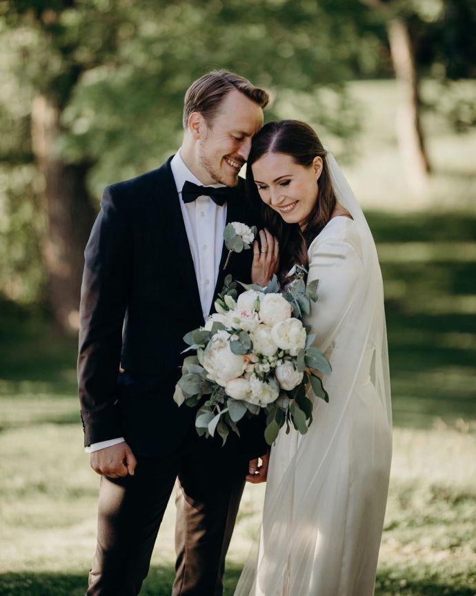 После 16 лет отношений: премьер-министр Финляндии вышла замуж