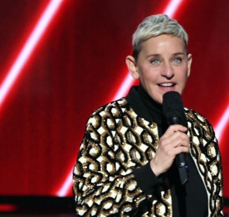 Трьох продюсерів «Шоу Елен Дедженерес» звільнили після звинувачень у расизмі й домаганнях