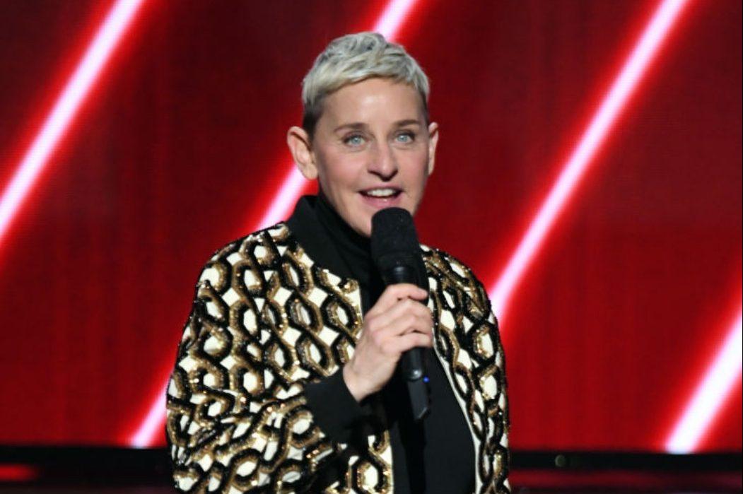 Трех продюсеров «Шоу Эллен Дедженерес» уволили после обвинений в расизме и домогательствах