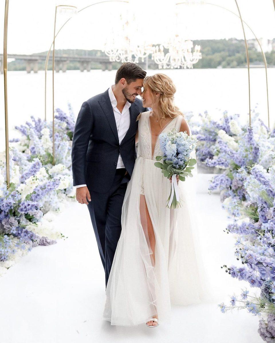Свято на березі Дніпра: весілля Микити Добриніна і Дар'ї Квіткової