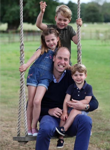Летние каникулы: где проводят отпуск Кейт Миддлтон и принц Уильям
