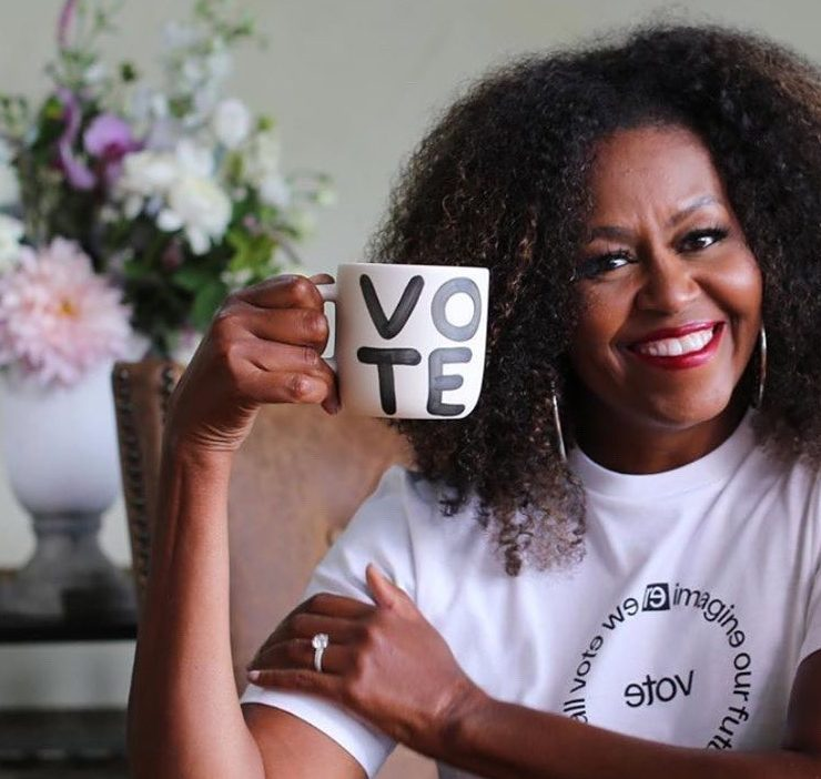 Красивый ход: как Мишель Обама с помощью помады призывает голосовать на президентских выборах