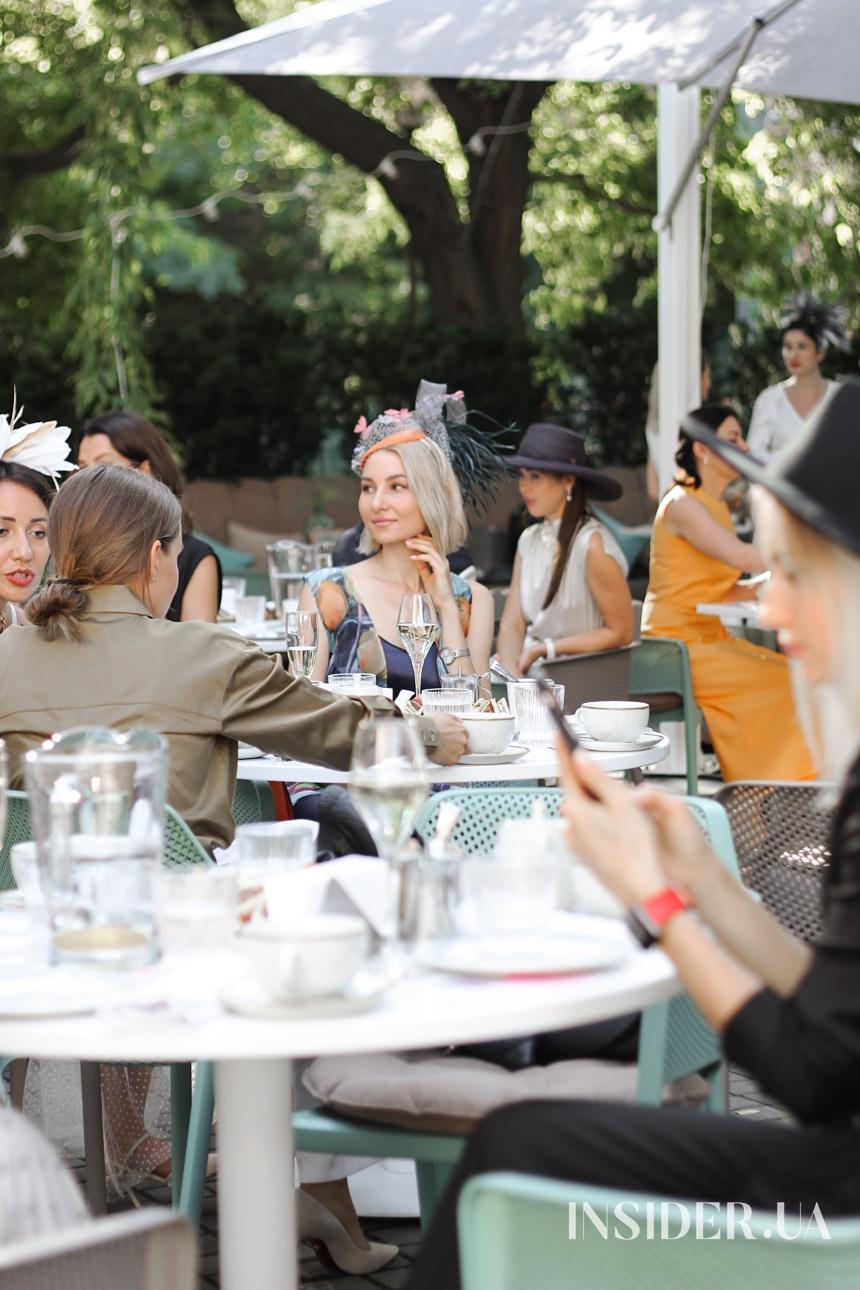 Бранч клуба «Свои люди» в ресторане Kritikos