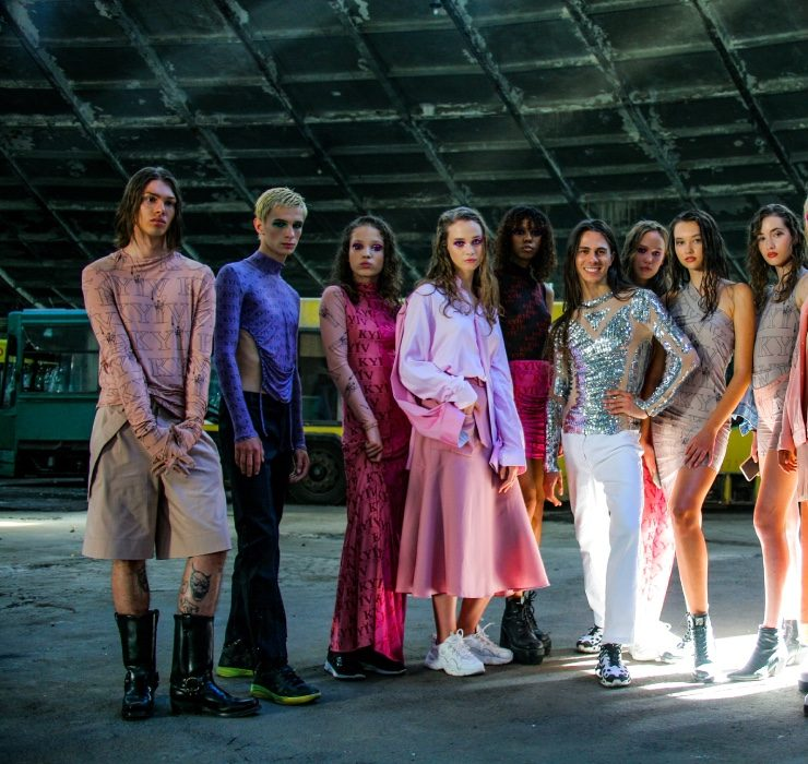 Love Kyiv: показ колекції Жана Гріцфельда в культовому автопарку №7