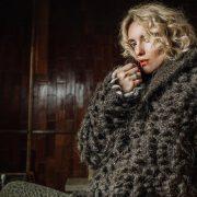 «Мне было очень, очень больно», — Эмили Ратаковски написала эссе о пережитом сексуальном насилии