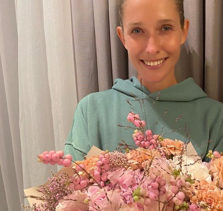 Перші квіти – від чоловіка: Катя Осадча відзначає 37-річчя
