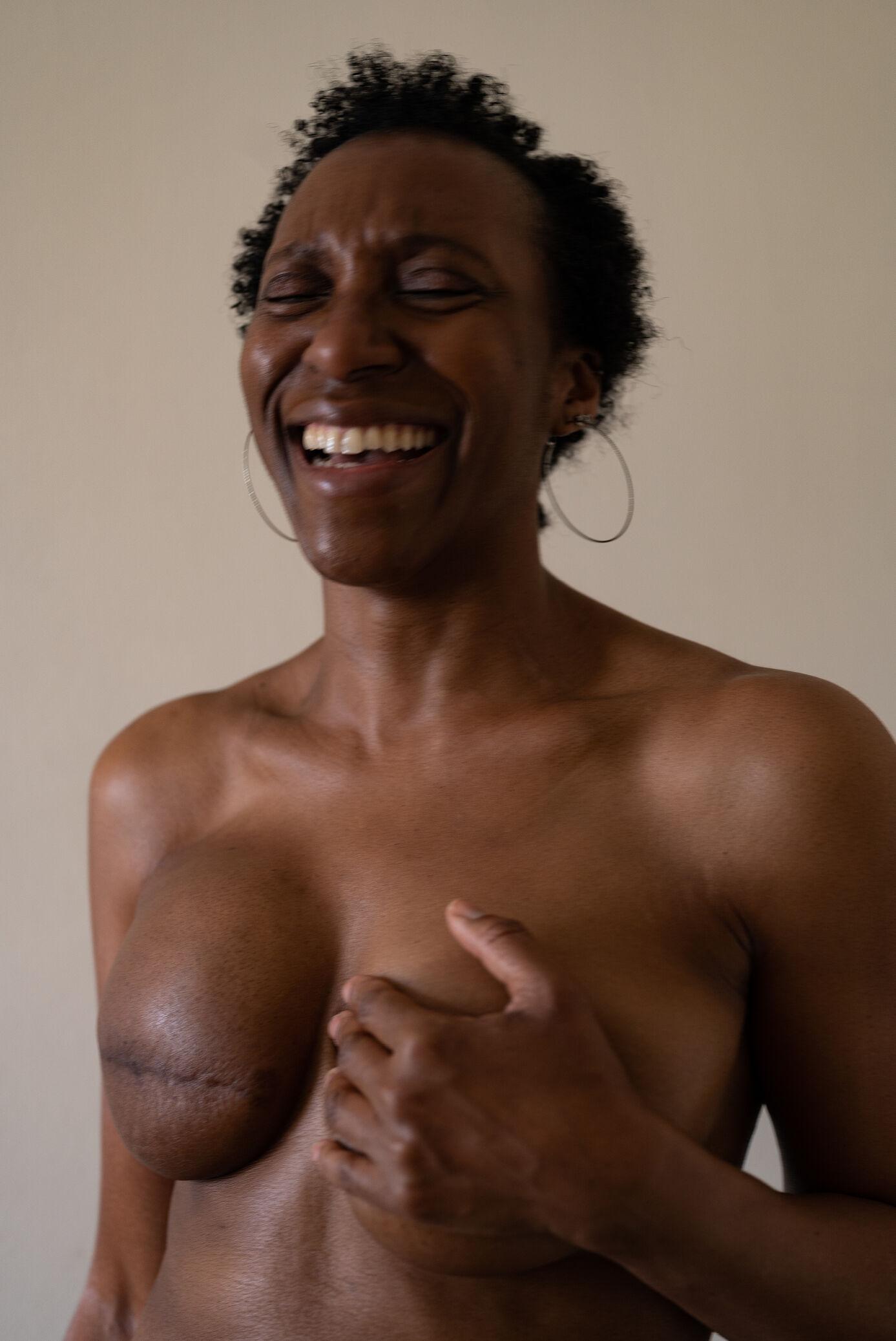 Новий кампейн Stella McCartney: історії 12 жінок, які перемогли рак грудей