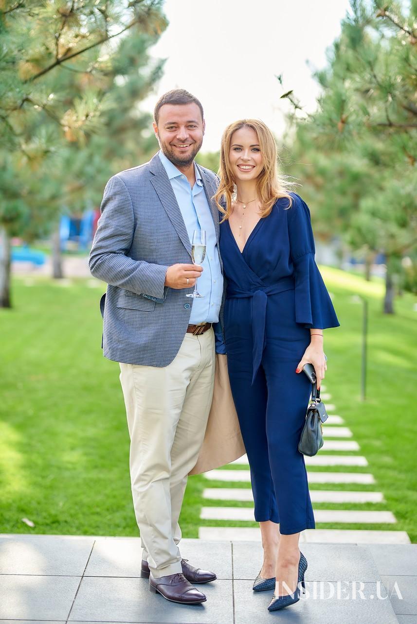 Слезы счастья и выступление Верки Сердючки: как прошла свадьба телеведущего Владимира Остапчука