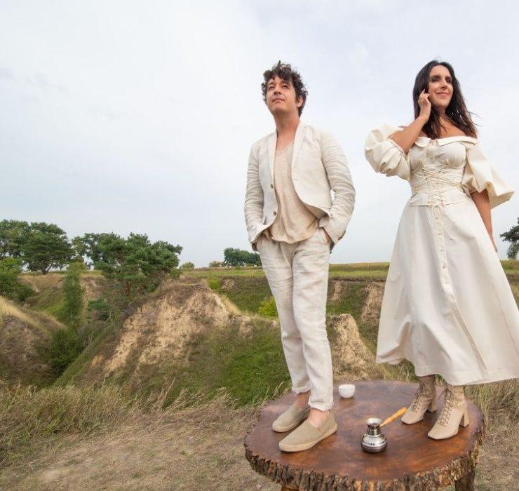Джамала и Pianoбой призывают всех влюбляться в новом клипе «Эндорфины»
