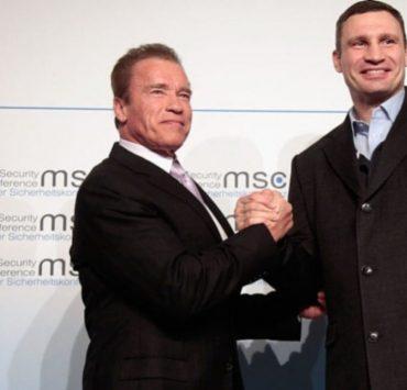 «Я дуже пишаюся тобою», — Шварценеггер привітав Кличка з перемогою на виборах мера Києва