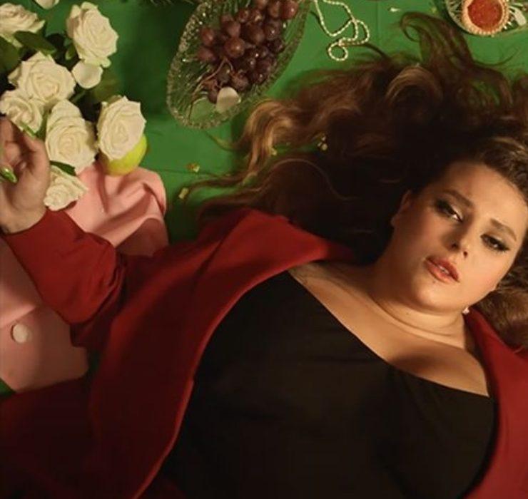 Прем'єра: самотня наречена в новому кліпі KAZKA «Мало»