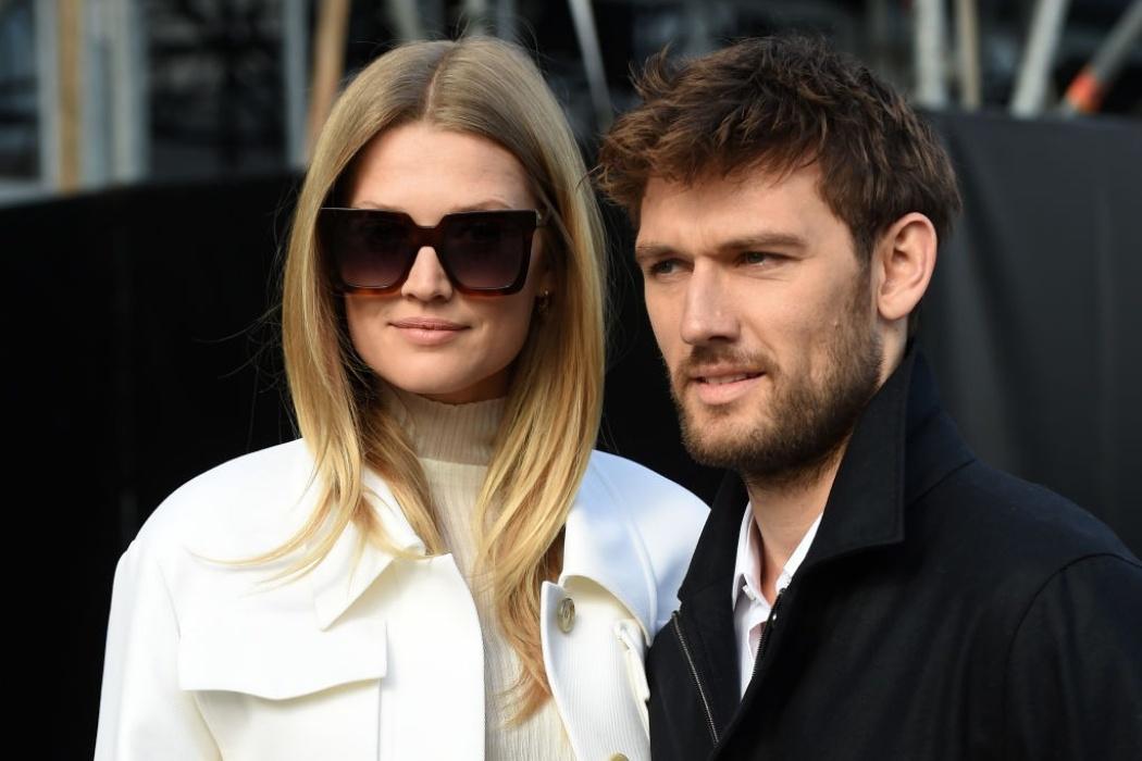 Фотофакт: модель Тоні Гаррн і актор Алекс Петтіфер одружилися