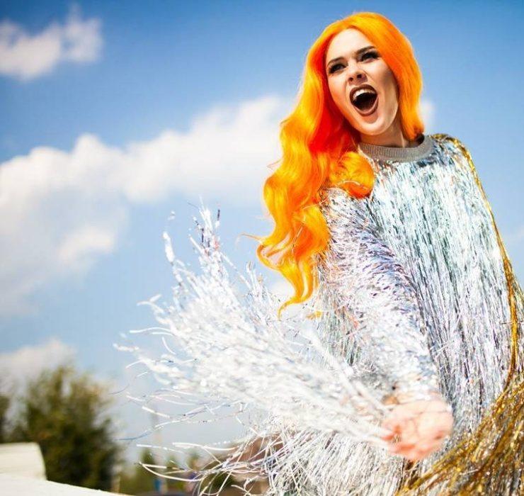 Королева эпатажа! 20 впечатляющих образов Юлии Саниной