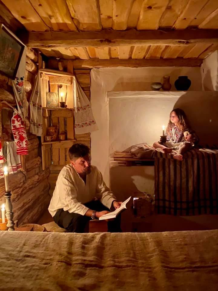 Пицца с салом и Гоголь по вечерам: Лилия Пустовит с мужем и дочкой путешествует по Полтавской области