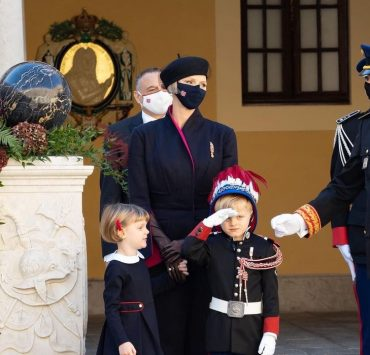 Княгиня Шарлен и князь Альбер II на Национальном дне Монако