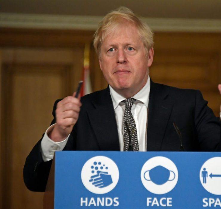 Борис Джонсон оголосив про введення локдауну в Англії