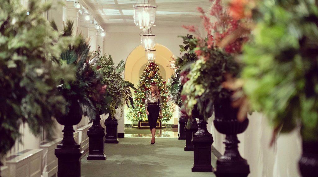 Мелания Трамп в последний раз украсила Белый дом к Рождеству