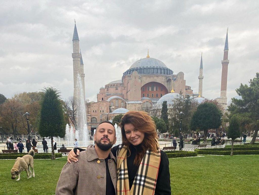 Открытки из Турции: Monatik с женой открыли для себя Стамбул