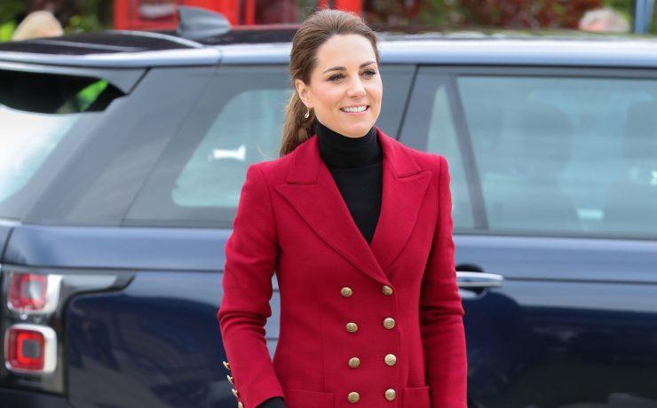 В красном блейзере Zara: Кейт Миддлтон повторила выход восьмилетней давности