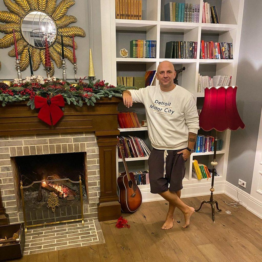 Как мировые и украинские селебрити украсили свои дома к Рождеству