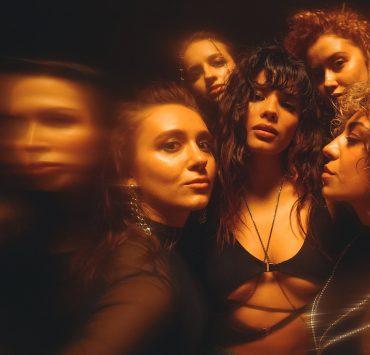Трек для вихідних: Michelle Andrade представила нове dance video на пісню Mirror