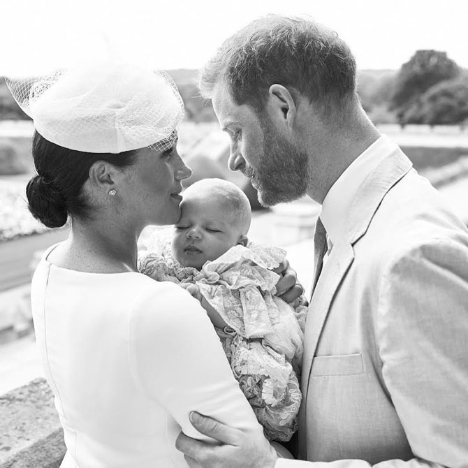 «Нет смысла приносить в мир нового человека»: принц Гарри дал первое интервью после известия о потере ребёнка