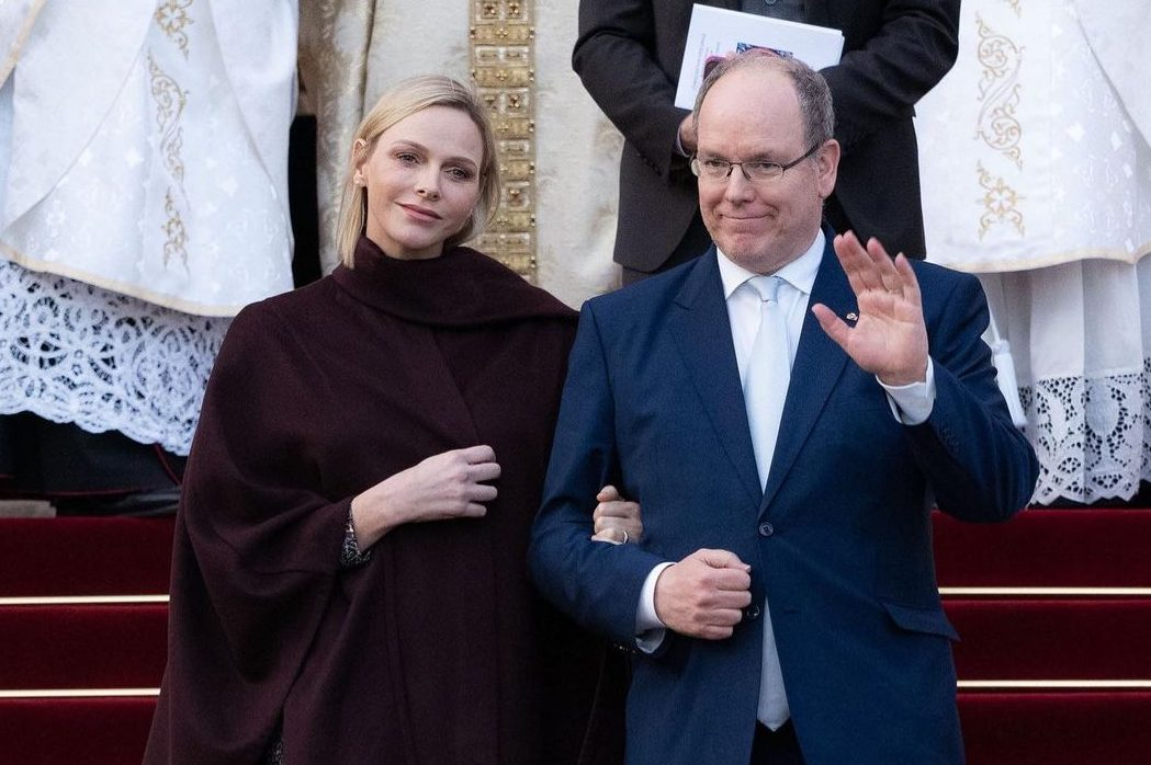 Неожиданно: княгиня Монако Шарлен выбрила виски